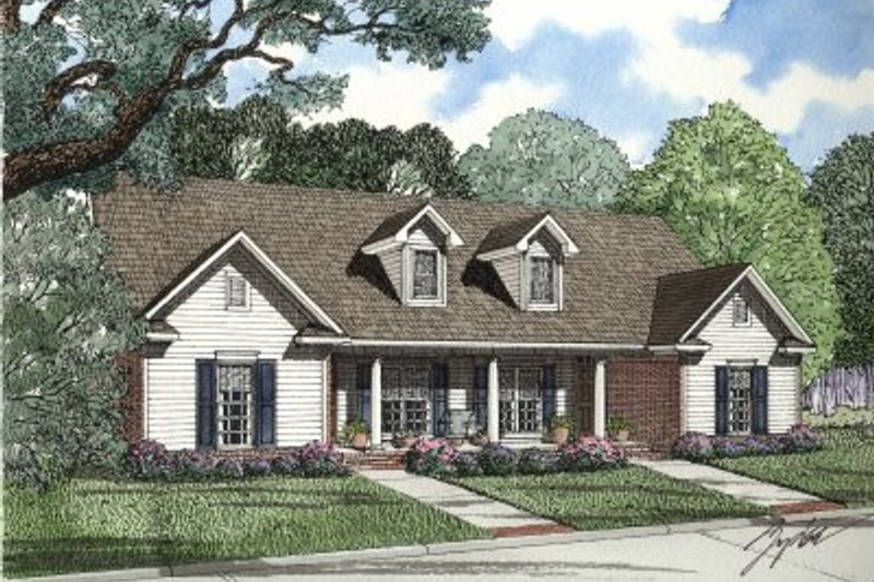 Traditional Style House Plan - 2 Beds 1 Baths 1970 Sq/Ft Plan #17-1062 Exterior - Front Elevation