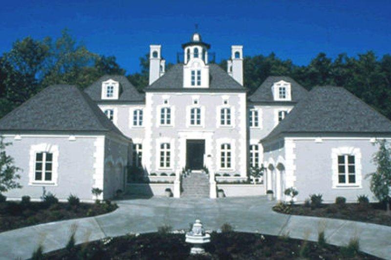 Architectural House Design - European Exterior - Front Elevation Plan #20-1117