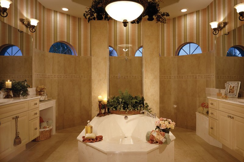 Mediterranean Interior - Master Bathroom Plan #930-14 - Houseplans.com