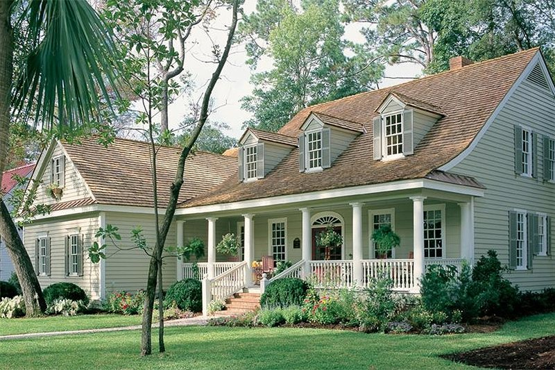 House Plan Design - country house by North Carolina architect William Poole