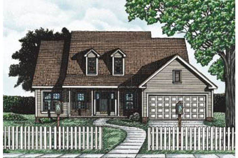 Traditional Style House Plan - 2 Beds 2 Baths 1437 Sq/Ft Plan #20-107 Exterior - Front Elevation