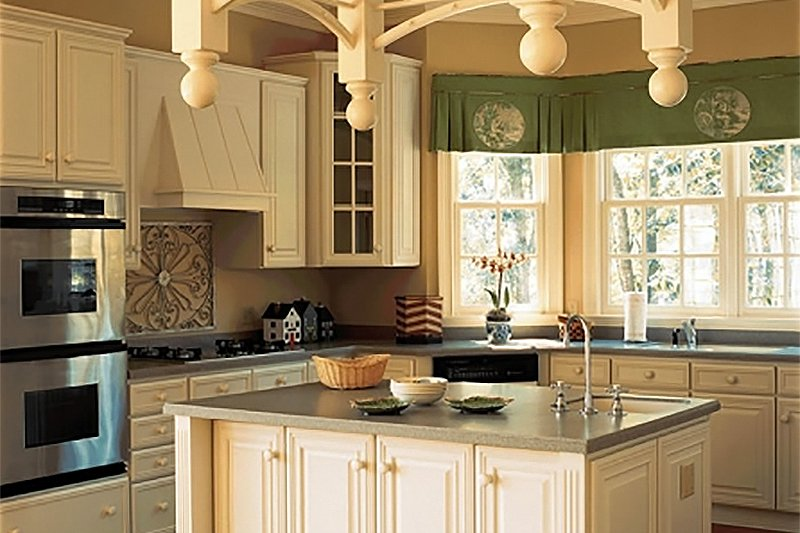 Southern Interior - Kitchen Plan #137-174 - Houseplans.com