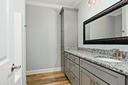 Farmhouse Style House Plan - 4 Beds 4.5 Baths 3860 Sq/Ft Plan #63-430 Interior - Bathroom