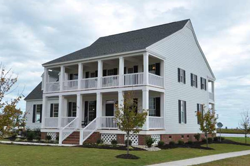 Home Plan - Colonial Exterior - Front Elevation Plan #137-145