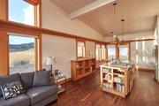 Modern Style House Plan - 2 Beds 1 Baths 885 Sq/Ft Plan #890-10 Interior - Kitchen