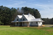 Dream House Plan - Farmhouse Exterior - Front Elevation Plan #928-350
