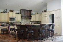 Ranch Interior - Kitchen Plan #1060-43