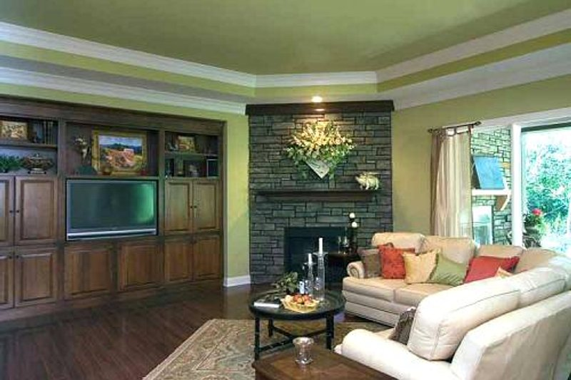 Traditional Photo Plan #46-398 - Houseplans.com