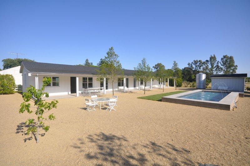 Home Plan - modern ranch house plan