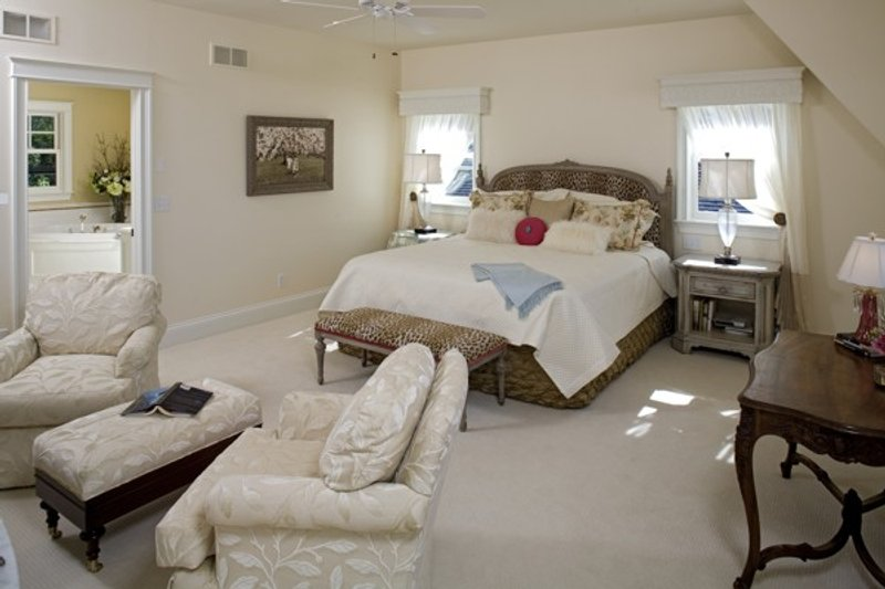 Traditional Interior - Master Bedroom Plan #56-604 - Houseplans.com