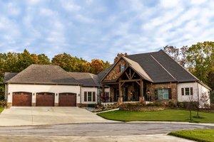 Craftsman Exterior - Front Elevation Plan #923-110
