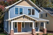 Craftsman Style House Plan - 4 Beds 2.5 Baths 2288 Sq/Ft Plan #461-35 Exterior - Front Elevation