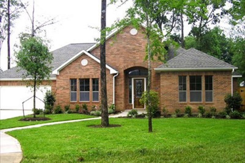 European Style House Plan - 3 Beds 2.5 Baths 2532 Sq/Ft Plan #449-6 Exterior - Front Elevation