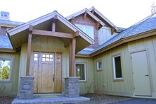 Craftsman style home design, front entry photo