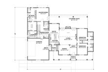 Farmhouse Floor Plan - Main Floor Plan Plan #1069-4