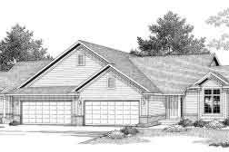 Traditional Exterior - Front Elevation Plan #70-747 - Houseplans.com