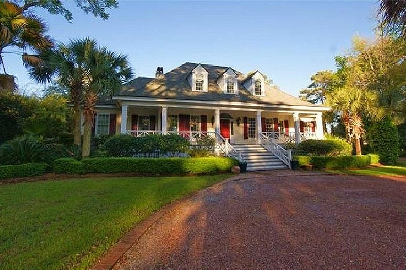 Southern style house plan 4 beds 3 5 baths 3102 sq ft for Bayou cottage house plan