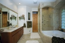 Craftsman Interior - Master Bathroom Plan #120-198