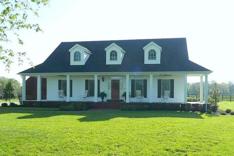 House Plan Design - Country Photo Plan #44-121