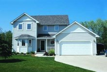 Traditional Exterior - Front Elevation Plan #20-522