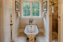Country Interior - Master Bathroom Plan #928-337
