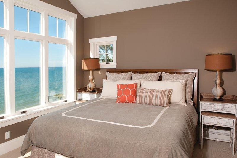 Traditional Interior - Master Bedroom Plan #928-11 - Houseplans.com