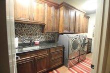 Contemporary Interior - Laundry Plan #17-2551