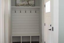 Craftsman Interior - Entry Plan #1070-48