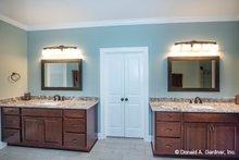 Home Plan - Ranch Interior - Master Bathroom Plan #929-1050