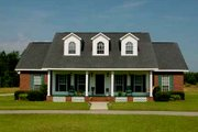 Traditional Style House Plan - 3 Beds 2.5 Baths 1785 Sq/Ft Plan #44-103 Exterior - Front Elevation