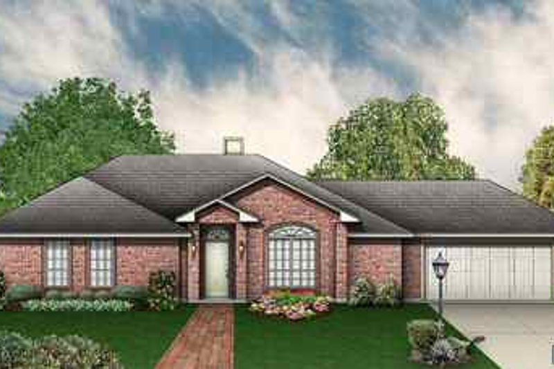 Traditional Exterior - Front Elevation Plan #84-119 - Houseplans.com