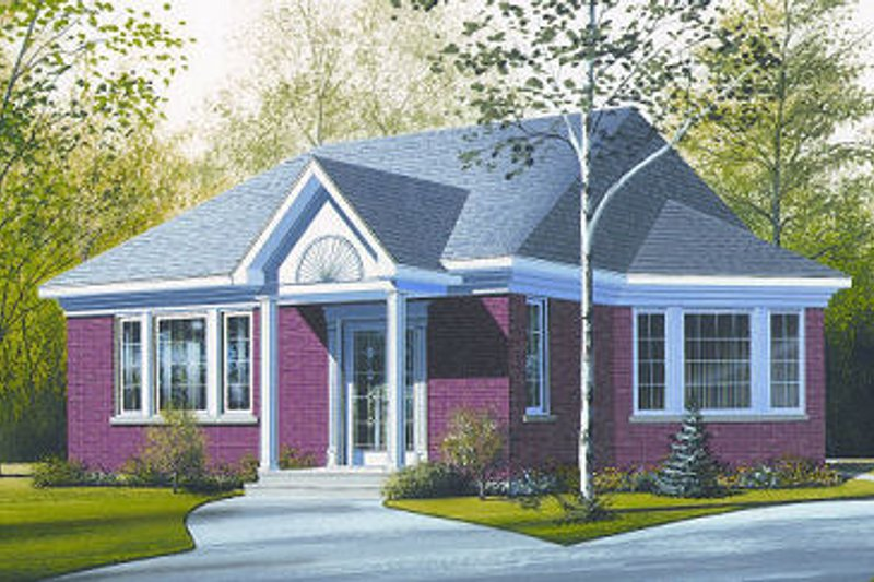 Traditional Exterior - Front Elevation Plan #23-696 - Houseplans.com