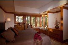 Craftsman Interior - Master Bedroom Plan #454-14