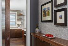 Home Plan - Butler's Pantry