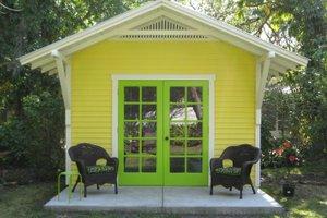Cottage Exterior - Front Elevation Plan #922-7