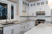 Craftsman Interior - Kitchen Plan #895-82
