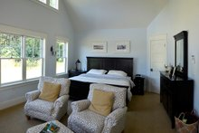 Ranch Interior - Master Bedroom Plan #70-1499