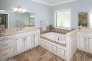 Craftsman Style House Plan - 4 Beds 3 Baths 2876 Sq/Ft Plan #929-30 Interior - Master Bathroom