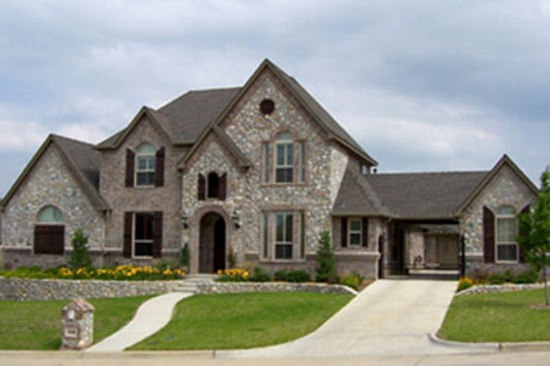 European Style House Plan - 5 Beds 3.5 Baths 3355 Sq/Ft Plan #84-287 Exterior - Front Elevation