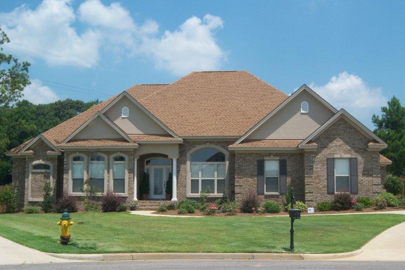 House Plan Design - European Exterior - Front Elevation Plan #63-137