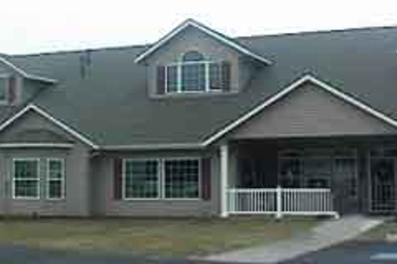 Dream House Plan - Traditional Exterior - Front Elevation Plan #117-248