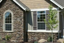 Craftsman Exterior - Front Elevation Plan #48-103