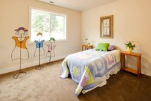 Traditional Interior - Bedroom Plan #124-921