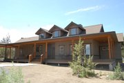 Craftsman Style House Plan - 3 Beds 3 Baths 2694 Sq/Ft Plan #895-19 Exterior - Front Elevation