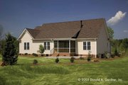Traditional Style House Plan - 3 Beds 2 Baths 1486 Sq/Ft Plan #929-58 Exterior - Rear Elevation