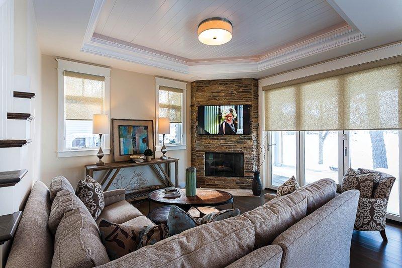 Bungalow Interior - Family Room Plan #928-9 - Houseplans.com