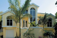 Traditional Exterior - Front Elevation Plan #930-130
