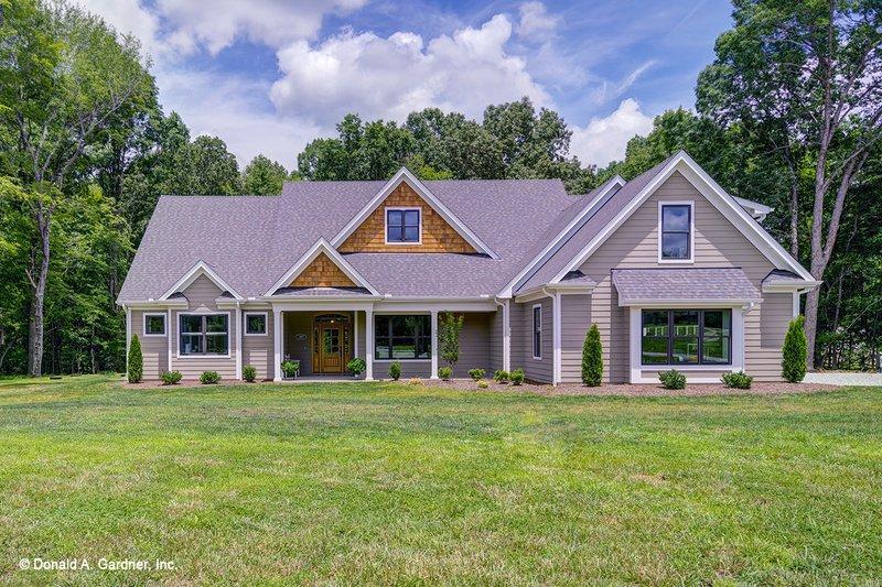 House Design - Craftsman Exterior - Front Elevation Plan #929-7
