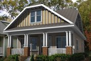 Craftsman Style House Plan - 4 Beds 3 Baths 2960 Sq/Ft Plan #461-11 Exterior - Front Elevation