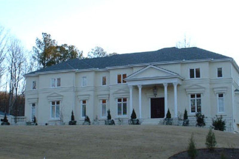 Classical Style House Plan - 5 Beds 4.5 Baths 5700 Sq/Ft Plan #119-205 Exterior - Front Elevation